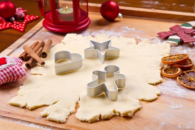 Impasto per biscotti fatto in casa per natale