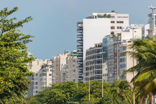 Copacabana edifici del quartiere di rio de janeiro in brasile.