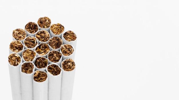 Sigarette copia-spazio