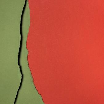 Copia strati di spazio di carta rossa e verde