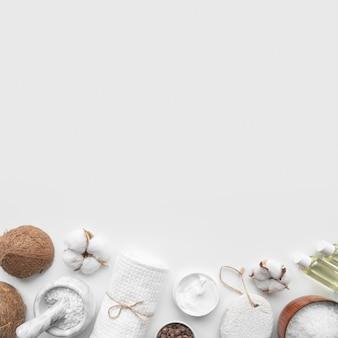Cosmetici organici copia-spazio sul tavolo
