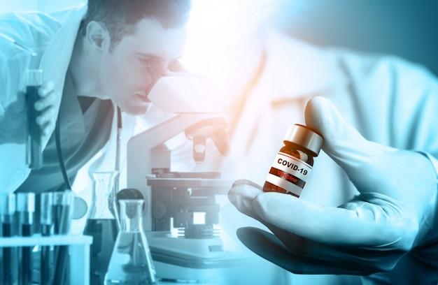 Coronavirus covid-19 concetto di ricerca e sviluppo di vaccini per test medici