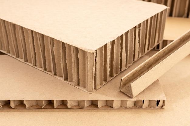Sfondo di cartone ondulato. dettaglio del cartone