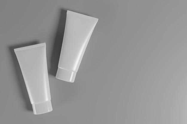 Prodotto cosmetico per la cura della pelle con tracciato di ritaglio. rendering 3d.