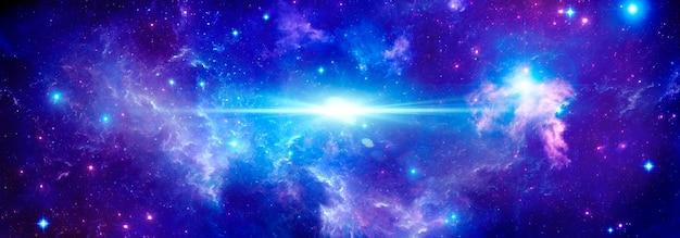 Sfondo cosmico con stelle e un lampo luminoso di una stella nello spazio esterno