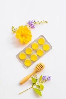 Tosse mal di gola estratto di pastiglia miele limone