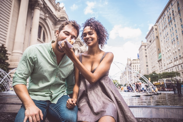 Coppia di innamorati a central park