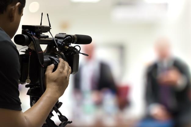 Evento di copertura sul palco con videocamera