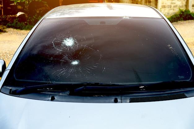 Crash parabrezza in vetro della macchina