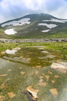 Crater lake sky and reflection, giresun - turchia