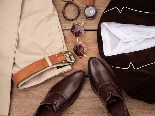 Fashion design creativo per set di abbigliamento casual da uomo e accessori