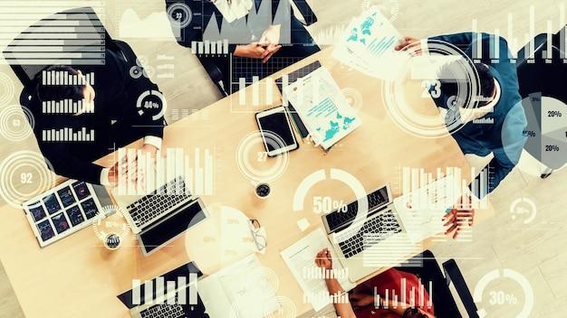 Visual creativa di uomini d'affari nella riunione del personale aziendale