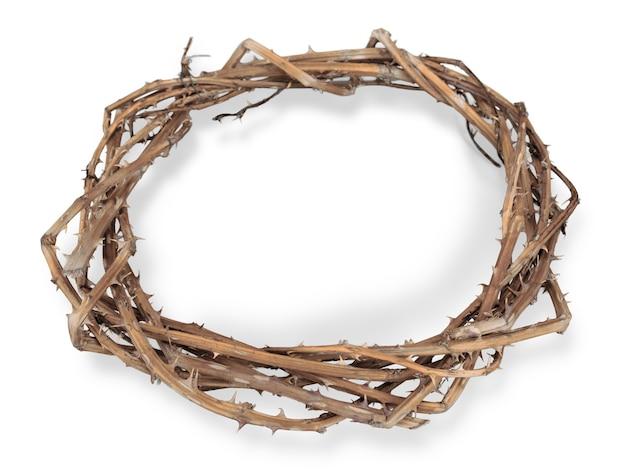 Corona di spine sullo sfondo, rappresenta la crocifissione di gesù sulla croce,