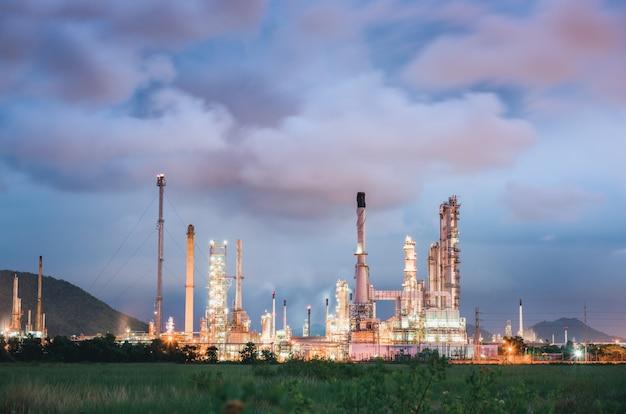 Raffineria di petrolio greggio e di gas impianto di produzione petrolchimica