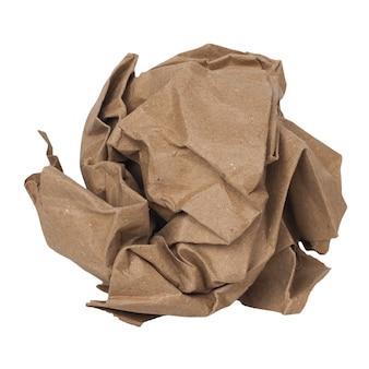 Palla di carta stropicciata isolata su bianco