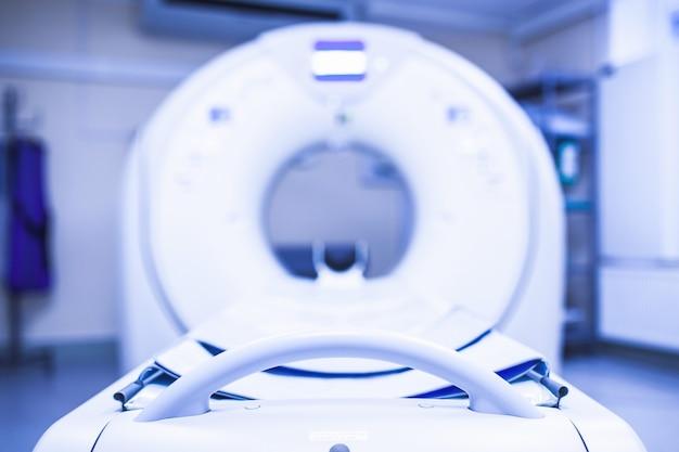Esame tc nel processo. particolare dello scanner mri
