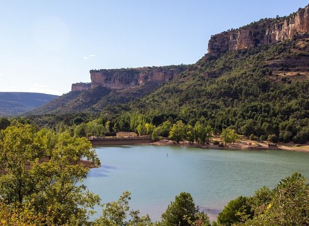 Cuenca è una città radicata nelle montagne dell'area centro-orientale della spagna