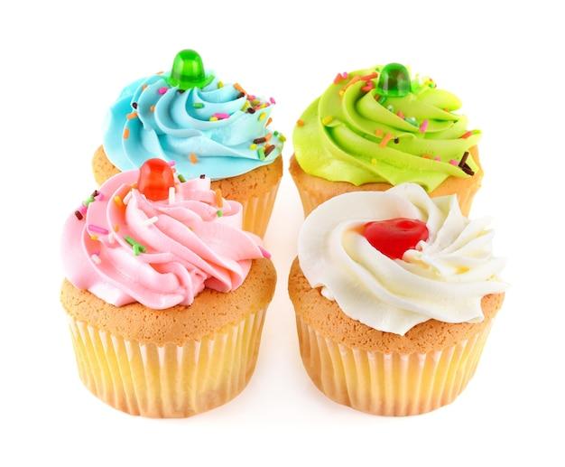 Cupcake isolato su sfondo bianco