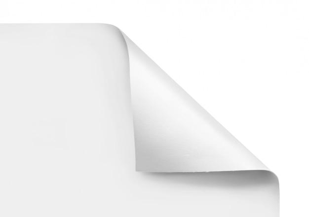 Angoli arricciati di fogli bianchi