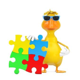 Simpatico cartone animato giallo anatra persona mascotte di caratteri con quattro pezzi di puzzle colorati su sfondo bianco. rendering 3d