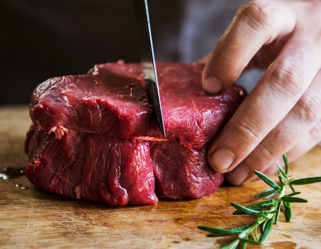 Tagliare un'idea di ricetta per la fotografia di cibo di filetto di bistecca