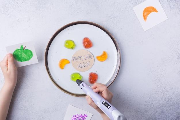 D stampa concetto alimentare d penna frutta moderne tecnologie additive rivoluzione industriale foto di alta qualità