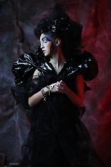 Dark beautiful gothic princess. festa di halloween.