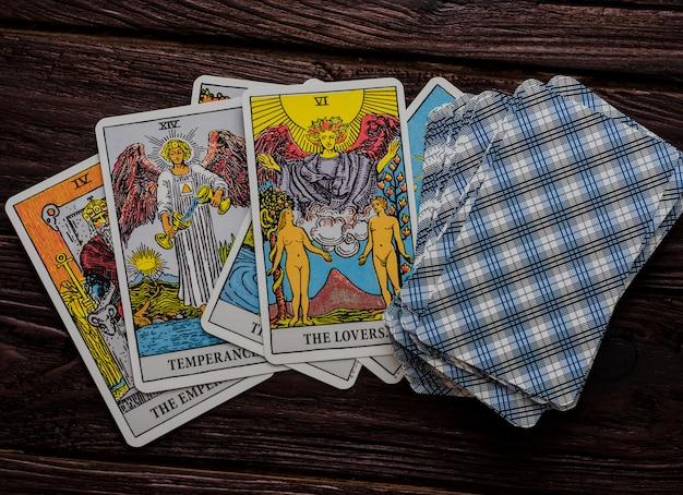 Mazzo di carte tarot rider-waite.