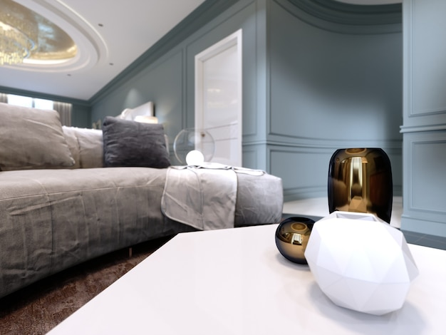 Vasi decorativi sul tavolo bianco, vaso dorato, effetto profondità di campo. rendering 3d