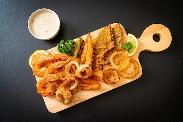 Frutti di mare fritti con verdure miste