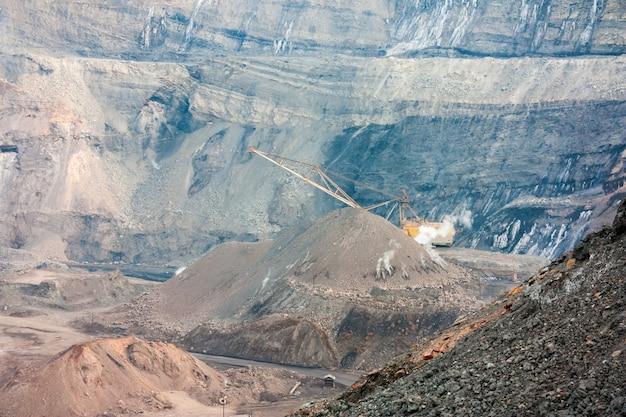 La cava di carbone più profonda d'europa
