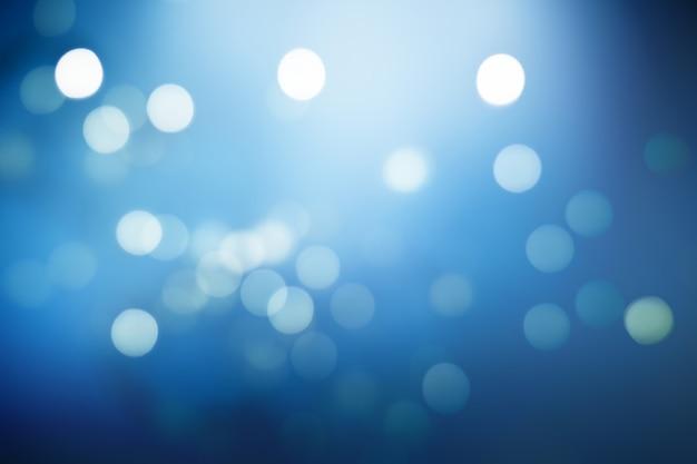Luci sfocate su sfondo blu