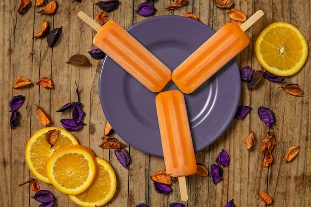 Delizioso gelato all'arancia