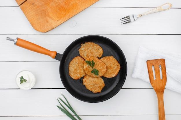 Deliziose frittelle di patate in padella