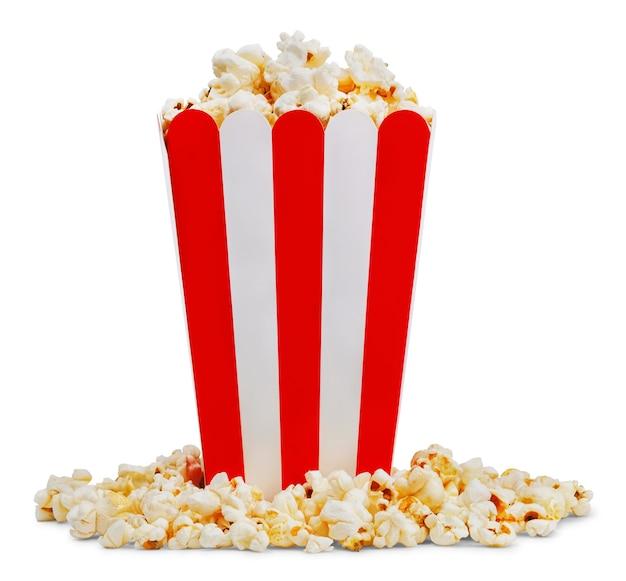 Deliziosi popcorn in carta decorativa popcorn secchio isolato su sfondo bianco.