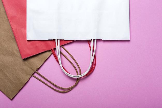 Consegna fast food sacchetti di carta imballaggi alimentari ecologici