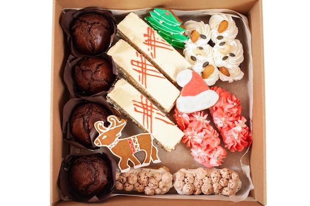 Consegna del cibo a casa per il nuovo anno