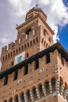Particolare del castello sforzesco di milano, italia