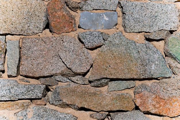 Particolare del fondale del muro in blocchi di pietra