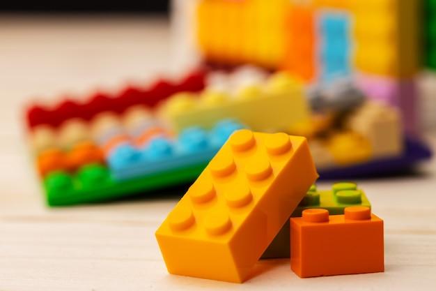 Dettagli del kit di costruzione in plastica per bambini da vicino