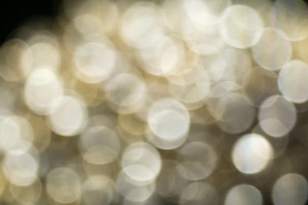 Diamanti e oro sfocati