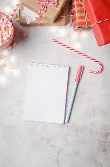 Diario per annotare i piani di capodanno pianificare gli obiettivi dell'anno nuovo sul taccuino