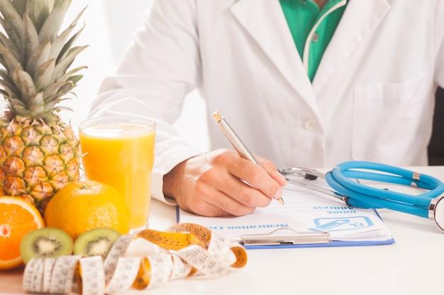Medico dietista