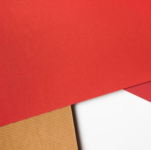 Diversi colori di carta copia spazio
