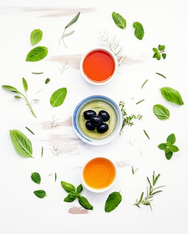 Messa a punto di diversi tipi di oli da cucina