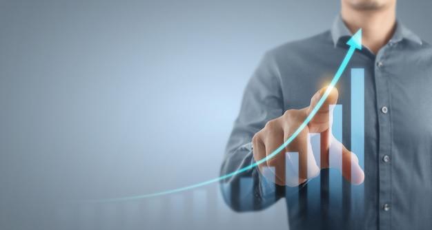 Crescita del grafico del piano d'affari del design digitale e aumento degli indicatori positivi del grafico nella sua attività