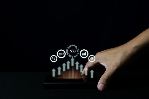 Idea di concetto di foto seo marketing digitale con contenuti speciali infografici