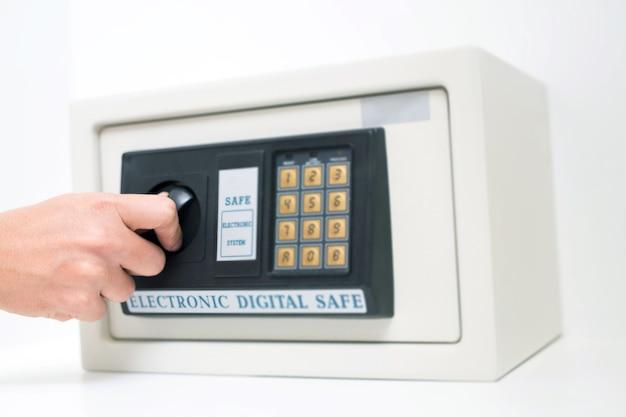 Cassaforte digitale per prevenire furti in casa