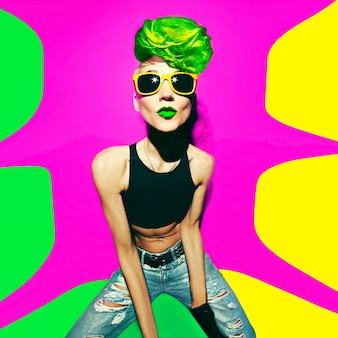 Discoteca punk fashion style club party girl