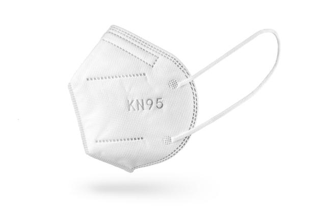 Mascherina monouso kn95 o ffp2 isolata. dispositivi di protezione individuale contro il coronavirus covid-19